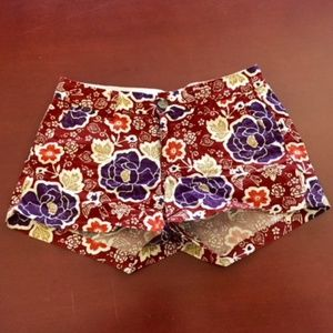 """Old Navy Fall Floral 3"""" Shorts Size 0"""